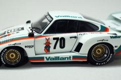 Porsche-935K2-Beemax-1