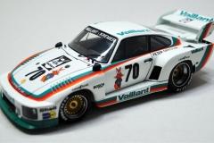 Porsche-935K2-Beemax-10