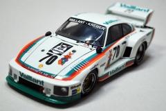 Porsche-935K2-Beemax-12